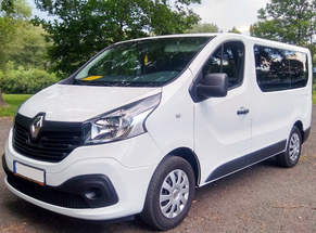 Rent Renault Arad Airport